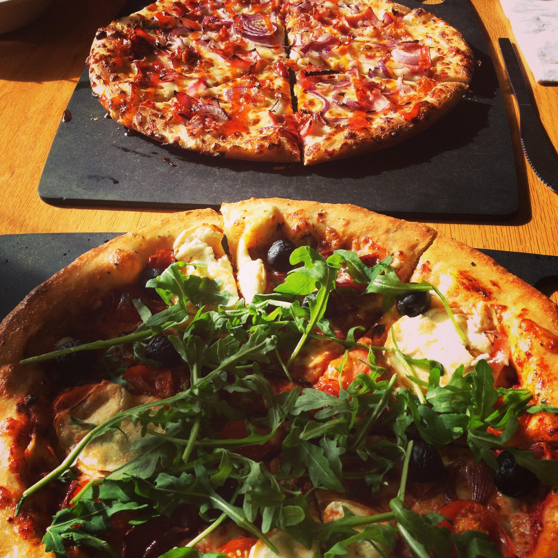 Review Pizza Hut Surrey Quays Stylish London Living